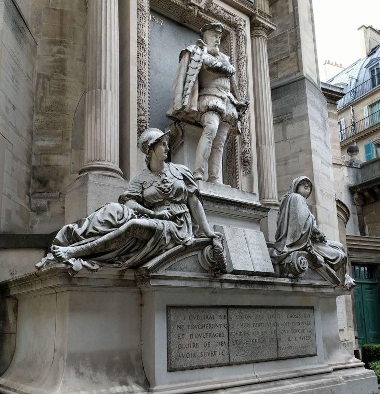 paris-statue-close