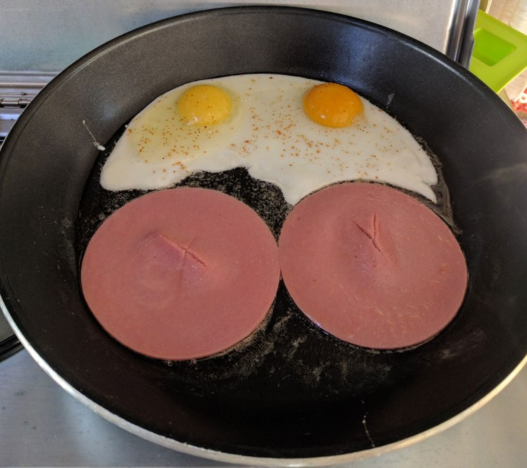 fried-eggs-bologna