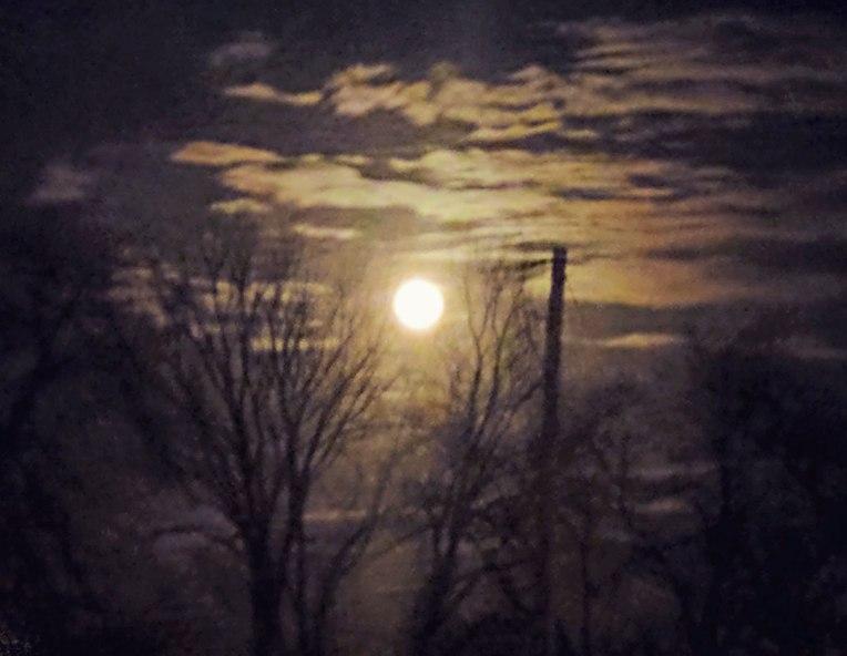 str-moon